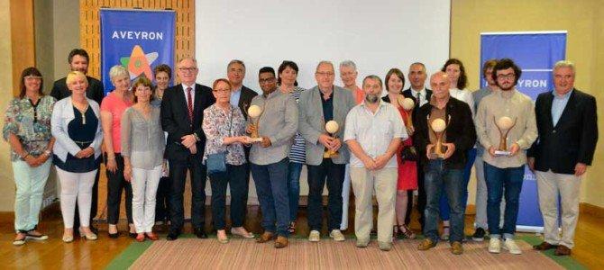 """Urpicha Perú recibió el premio """"Solidaridad Internacional 2014"""" en Francia"""